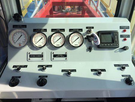 Los controles de la punta del dedo 225D.
